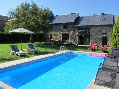 Vaste et typique maison Ardennaise, grand confort