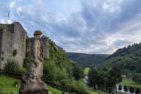 Bouillon et son château, berceau des premières croisades